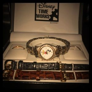 Disney Mickey Mouse watch set